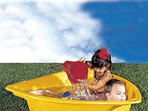 ваня маруся лодка бассейн